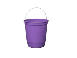 balde plástico roxo